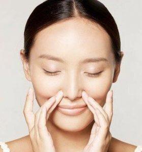 massage mũi thường xuyên để phòng chống bệnh về mũi