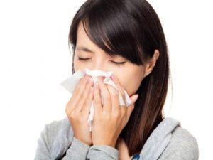 hắt hơi là biểu hiện viêm mũi