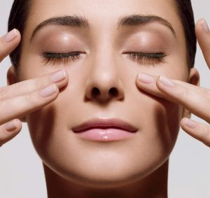 Massage mũi thường xuyên