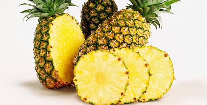 Dứa chứa vitamin C có tác dụng điều trị bệnh viêm xoang