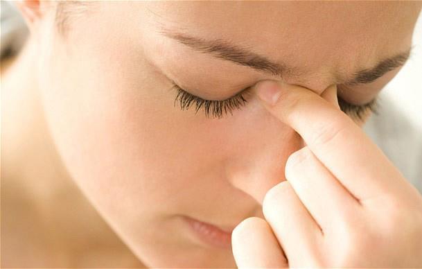 nguyên nhân gây viêm xoang trán