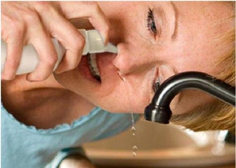 Hướng dẫn cách rửa mũi chữa viêm xoang an toàn hiệu quả
