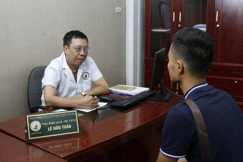BS Lê Hữu Tuấn – Nguyên Phó giám đốc phụ trách chuyên môn bệnh viện YHCT Trung ương đánh giá cao về bài thuốc Nam gia truyền Đỗ Minh Đường chữa viêm xoang