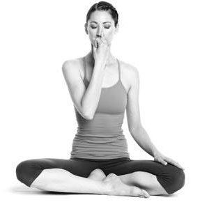 bai-tap-yoga-chua-viem-xoang2