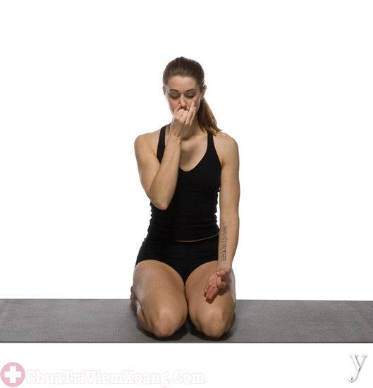 Hình ảnh tư thế yoga chữa bệnh viêm mũi dị ứng