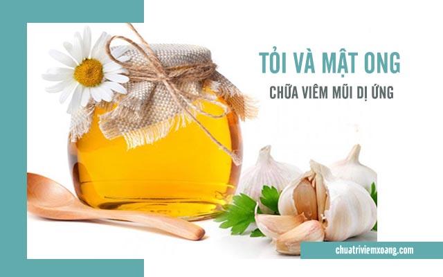 chữa viêm mũi dị ứng bằng tỏi và mật ong